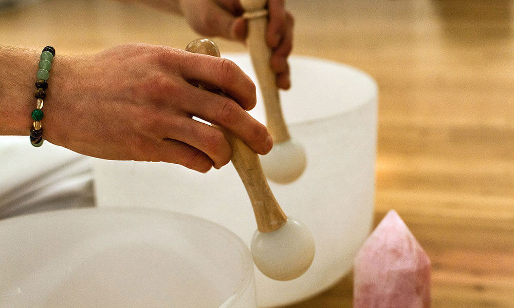 5 Benefits of Soundbath-01